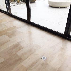 Natural floor slabs in burgundy stone