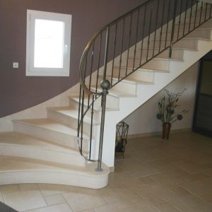 Créma Nova Stone Swing Staircase - Soft Finish