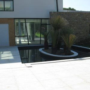Natural stone exterior fittings Créma Nova